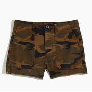 NWT!!! madewell griff shorts in camo